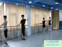 未来舞者加盟