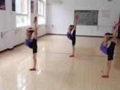 花蕾舞蹈培训中心让孩子们感受舞蹈的美感