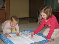 宝宝喜欢乱写乱画,如何正确引导