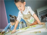 让孩子受到少儿艺术教育洗礼后将会受益一生