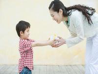 孩子从幼儿园回来不与爸爸妈妈交流怎么办
