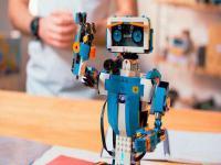 怎么选择机器人教育加盟