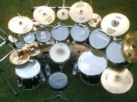 学习架子鼓时怎样做基础节奏型练习