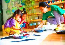 七彩鱼少儿美术——让孩子在快乐的氛围中学